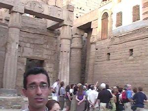 Luxor-Tempel ...aufgesetzt -  die Moschee
